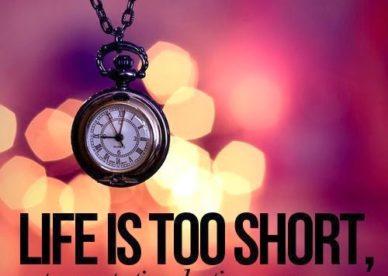 Life If Too Short DP For WhatsApp صور رمزيات حالات خلفيات عرض واتس اب انستقرام فيس بوك - رمزياتي