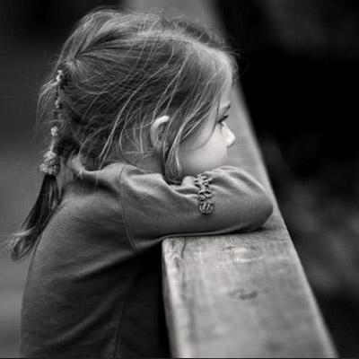 صور خلفيات اطفال حزينه انستقرام Sad Child Dp Images صور رمزيات